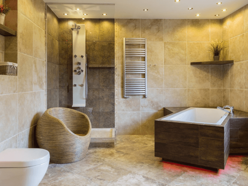 Ba os y zona h meda internacional de acabados for Banos con tina y ducha