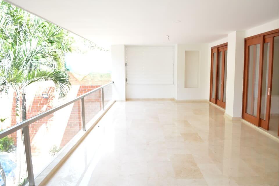 pisos en marmol balcon
