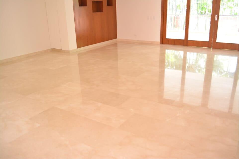 pisos en marmol interior